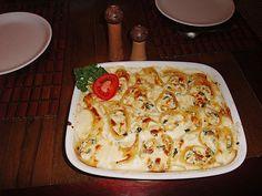 Cannelloni mit Zucchinifüllung, ein sehr schönes Rezept aus der Kategorie Überbacken. Bewertungen: 3. Durchschnitt: Ø 3,8.