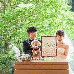 "@garlands_wedding's photo: ""With my dog  #ガーランズ #garlands #heritagebridalcollection #結婚式 #結婚式準備 #結婚式場 #結婚写真 #披露宴 #会場装花 #新郎新婦 #家族#愛犬 #ウェディング #ウェディングドレス #ブーケ #ブライダル #ウェディングドッグ #ウェディングフォト #前撮り #ロケーションフォト #エンゲージメントフォト  #ナチュラルウェディング #ガーデンウェディング #オリジナルウェディング#リゾートウェディング  #プレ花嫁 #プレ花嫁サポート  #wedding #bridal #weddingphotography"""