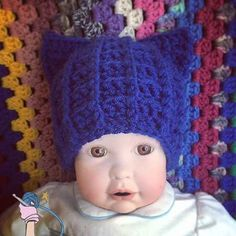 Crochet Royal Cat Hat - Dearest Debi Patterns - A quick and easy cat hat pattern that can be made to any size using front and back post double crochet.