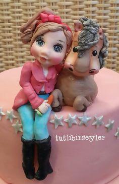 Sugar figure horse cake www.tatlibirseyler.com