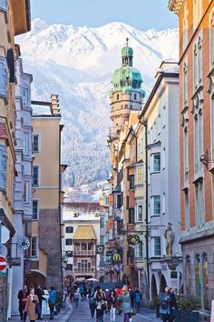 Golden Roof and City Tower in the Old Town in Innsbruck in winter Goldenes Dachl und Stadtturm in der Innsbrucker Altstadt im Winter Beautiful Places To Travel, Cool Places To Visit, Places To Go, Austria Travel, Norway Travel, Austria Winter, Places In Europe, Backpacking Europe, Travel Aesthetic