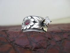 Custom made western wedding rings by Travis Stringer. Contact us on FaceBook. (Ring #15)