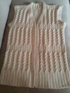 HUZUR SOKAĞI (Yaşamaya Değer Hobiler) Crochet Coat, Crochet Blouse, Cable Knitting, Easy Knitting, Baby Knitting Patterns, Crochet Bracelet, Sweater Design, Cardigans For Women, Free Pattern