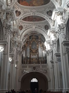 Largest Organ in the World Saint Stephen, Barcelona Cathedral, Saints, World, Places, Passau, The World, Lugares