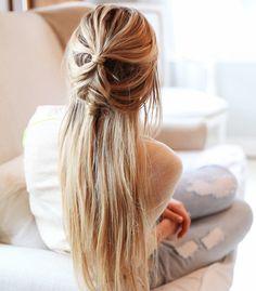 Oui à la double demi-queue floue sur cheveux ultra longs ! (instagram Makenna Alyse)