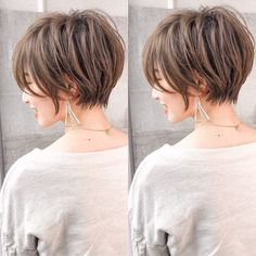 Today we have the most stylish 86 Cute Short Pixie Haircuts. We claim that you have never seen such elegant and eye-catching short hairstyles before. Pixie haircut, of course, offers a lot of options for the hair of the ladies'… Continue Reading → Angled Bob Hairstyles, Short Hairstyles For Thick Hair, Short Hair With Layers, Short Hair Cuts For Women, Pixie Haircut, Hairstyles Haircuts, Asian Bob Haircut, Medium Hair Styles, Short Hair Styles