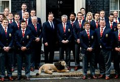 England centre Manu Tuilagi makes a gesture behind Britain's Prime Minister David Cameron (C), as he poses with the British and Irish Lions rugby squad in front of Number 10 Downing in London September David Cameron, England Rfu, Manu Tuilagi, England Rugby Players, Rugby Memes, British And Irish Lions, Bizarre News, Super Rugby, Star Force