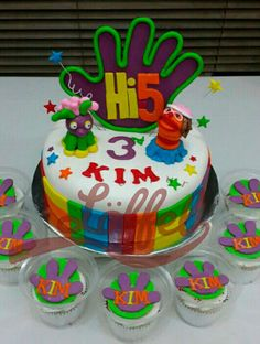 Bolo E Cupcake Da Festa Hi Five Cakes Birthday Ideas