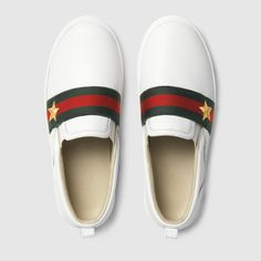 Gucci children's white leather slip-on sneakers with green/red/green star web detail. Girls Sneakers, Slip On Sneakers, Girls Shoes, Gucci Baby, Gucci Kids, Baby Boy Outfits, Kids Outfits, Little Boy Swag, Leather Slip Ons