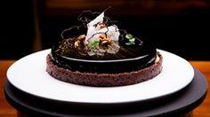 MasterChef - Passion for Caramel Tart - Recipe By: Deniz Karaca Zumbo Desserts, No Bake Desserts, Delicious Desserts, Dessert Recipes, French Desserts, Sweet Pie, Sweet Bread, Masterchef Recipes, Decoration Patisserie