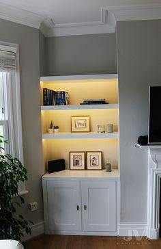 Alcove Storage Living Room, Living Room Built In Cabinets, Alcove Shelving, Alcove Cupboards, Living Room Built Ins, Bookshelves In Living Room, Cozy Living Rooms, New Living Room, Alcove Bookshelves