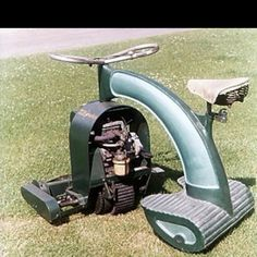 Anzani - The very art deco looking LawnRider, which looks like a cool alternative for bikers when they have to mow the lawn. Vintage Tractors, Old Tractors, Lawn Tractors, Antique Tractors, Lawn Mower Service, Tractor Mower, Bicycle Seats, Riding Mower, Transporter