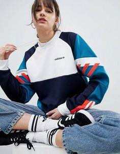 c67a8e45f94415 adidas Originals – Nova – Sweatshirt in Blockfarben