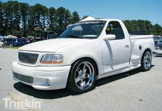 ford lightning Hot Rod Trucks, Cool Trucks, Pickup Trucks, Svt Lightning, Ride The Lightning, Ford Lighting, Ford Svt, Fords 150, Muscle Truck