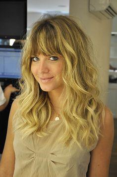 Franjas - para quem quer mudar de visual, sem alterar a cor dos cabelos e nem o comprimento.