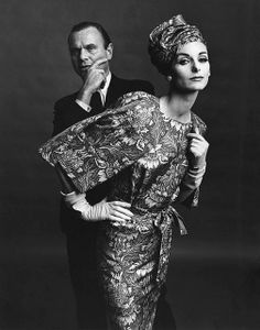 Bill Blass and Anne St Marie. Bill Blass là một nha thiết kế người mỹ.  ông được nhận nhiều giải thưởng thời trang, bao gồm 7 giải và COTY. Kate Moss, Vintage Love, Vintage Glamour, Vintage Woman, Vintage Hats, Vintage Style, Bill Blass, Vintage Outfits, Vintage Dresses