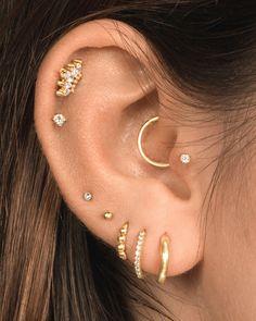 Piercing Tragus, Cartilage Jewelry, Ear Jewelry, Piercing Tattoo, Jewelry Shop, Pretty Ear Piercings, Ear Peircings, Constellation Piercings, Fashion Earrings