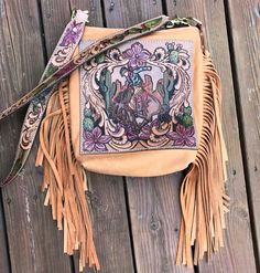 Measurements: with a fully tooled strap. Features: zipper closure, fully lined in a medium weight wine colored canvas, one interior pocket, thick fringe and remo. Tooled Leather Purse, Leather Art, Leather Design, Leather Belts, Leather Tooling, Leather Purses, Leather Handbags, Leather Fringe, Western Purses