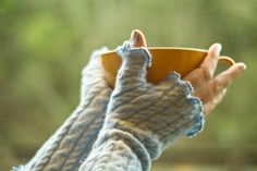 Includes a template to DIY these fingerless mittens
