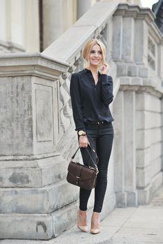 Kasia Tusk w butach KAZAR #collection #designer #moda #style #shoes #boots #Fashion #szpilki #wiosna #highfashion #woman #man #trend #comfort #trendy #fashionable #stylish #vogue