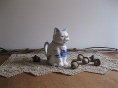 Vintage Original Delft Blue Cat Figurine Creamer-Handpainted Holland...Reshopgoods by Reshopgoods on Etsy