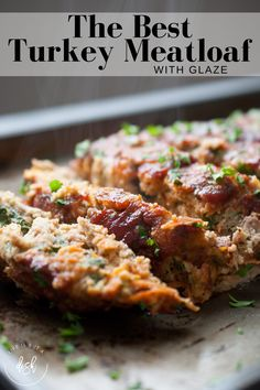 The best Turkey Meatloaf with glaze on the planet. This is the easy meatloaf recipe that changes meatloaf haters into meatloaf lovers! Healthy Turkey Recipes, Ground Turkey Recipes, Chicken Recipes, Healthy Meatloaf Recipes, Healthy Ground Turkey, Quick Recipes, Yummy Recipes, Ground Turkey Meatloaf, Healthy Turkey Meatloaf
