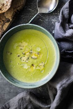This easy and delicious broccoli and Stilton soup recipe is a fantastic dish for…