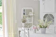 Best ideas about Shabby Chic Diningroom, Diningroom White and Shabby ...