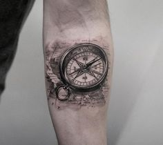 Compass+on+forearm+by+Turan+Art