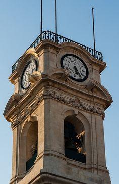Torre da Universidade ou a Cabra, em Coimbra, Portugal http://maladviagem.blogspot.pt/ https://www.facebook.com/Maladviagem/