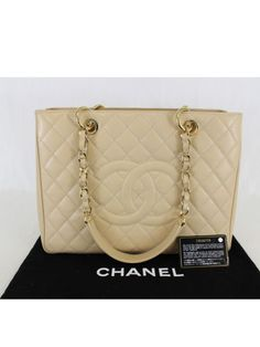 4e405f2629ef 16 Best Handbags images in 2019 | Fashion handbags, Accessories, Bags