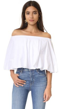 ¡Cómpralo ya!. Petersyn Madison Blouse - White Pinpoint. An off shoulder Petersyn crop top with a fluttery silhouette. Elastic neckline. Sleeveless. Fabric: Lightweight twill. 100% cotton. Dry clean. Made in the USA. Measurements Length: 14.25in / 36cm, from center back Measurements from size S. Available sizes: L , tophombrosdescubiertos, sinhombros, offshoulders, offtheshoulder, coldshoulder, off-the-shouldertop, schulterfreiestop, tophombrosdescubiertos, topdosnu, topspallescoperte…