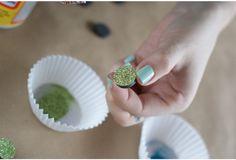 DIY Glitter Magnets . #Locker #DIY