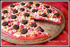 Valentine Brownie Pizza on SixSistersStuff.com