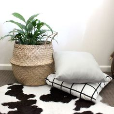 Ah so excited for these seagrass bags to hit the shelves at For Keeps hopefully in the next week! These are AMAZING for housing an indoor plant or for storage holding throws and pillows. Stay tuned! #seagrass #seagrassbaskets #storage #homedecor #forkeepsstore