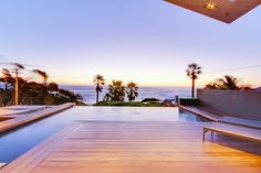 Contemporary & luxurious Villa - Camps Bay Bakoven - Villas for Rent in Cape Town