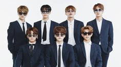 BTS's members are so in sync that sometimes it seems like they're one spirit inhabiting seven bodies. Kids Choice Award, Choice Awards, In Sync, Twitter Bts, Bts Fans, Bts Members, Bts Jungkook, Music Awards, Black Men