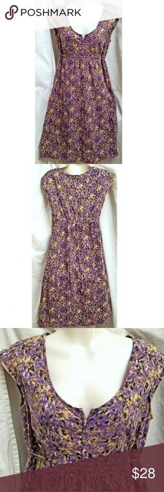 "Eddie Bauer Cotton Dress Size 4 Made in India by Eddie Bauer Size: 4  100% Cotton and lined with 100% cotton Machine wash and dry Ties in the back  Measurements are approximate and un-stretched  Length 38"" Chest 36"" Waist 30"" Hips 42"" Eddie Bauer Dresses"