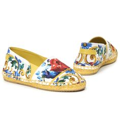 Girls Multicolor Maiolica Bouquet Printed Shoes