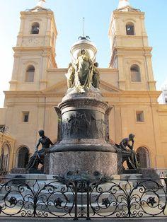 Edificios y Monumentos de Buenos Aires: Mausoleo del General Manuel Belgrano