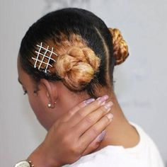 2 Easy to create side buns using hair pins. #hairstyles Bobby Pin Hairstyles, Straight Hairstyles, Girl Hairstyles, Braided Hairstyles, Black Hairstyles, Latest Hairstyles, Protective Hairstyles For Natural Hair, Natural Hairstyles For Kids, Ethnic Hairstyles