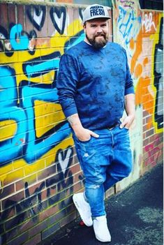 40 Best Casual Plus Size for Men With Sneakers Mens Plus Size Fashion, Chubby Men Fashion, Large Men Fashion, Fashion Mode, Boy Fashion, Fashion Blogs, Fashion 2018, Fashion Ideas, Womens Fashion