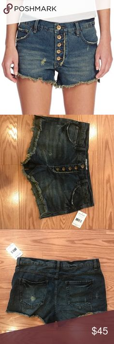 Free People Runaway Cutoff Shorts NWT, never worn. Runaway cutoff shorts in Jillian Blue. Buttons instead of a zipper. Frayed edges that are perfect for summer and festivals ⭐️ Free People Shorts Jean Shorts