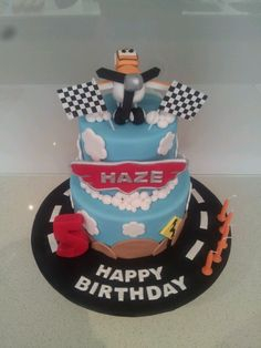 Disney Planes Cake www.facebook.com/sweetmaddyscakes