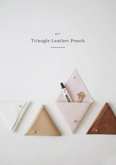 Dollar Store Crafts - DIY Triangle Leather Pouch - Best Cheap DIY Dollar Store Craft Ideas for Kids, Teen, Adults, Gifts and For Home - Christmas Gift. Leather Diy Crafts, Leather Projects, Diy Leather Gifts, Leather Crafting, Dollar Store Crafts, Dollar Stores, Pochette Diy, Diy Bags Tutorial, Bag Tutorials