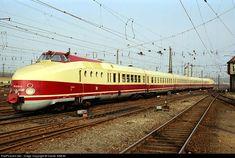 RailPictures.Net Photo: 175-019-9 Deutsche Reichsbahn VT 18.16 (175) DR at Leipzig, Germany by Daniel SIMON