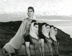 Θερινό σινεμά για μία νύχτα η Μικρή Επίδαυρος | You Go Culture Greek, Artists, Greece, Artist