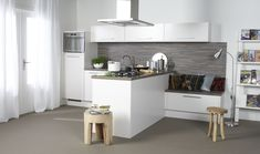 Bruynzeel Olympia keuken in het magnolia New Kitchen, Kitchen Island, Kitchen Cabinets, Olympia, Home Decor Inspiration, Cool Designs, Table, House, Inspireren