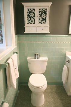 Crisp Color Combo Deep Green Pale Gray Green Tile Bathroomsbathroom Colorsbathroom Ideas1950s