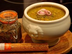 Vegan version of Finnish pea soup!